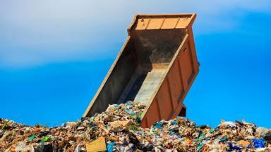 Россияне заплатят за старые свалки. Вывоз мусора подорожает
