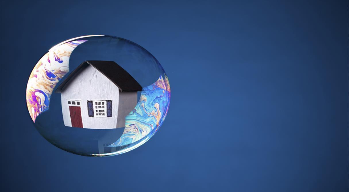 «Пузырь» дуется – ЦБ волнуется. Взять ипотеку будет сложнее