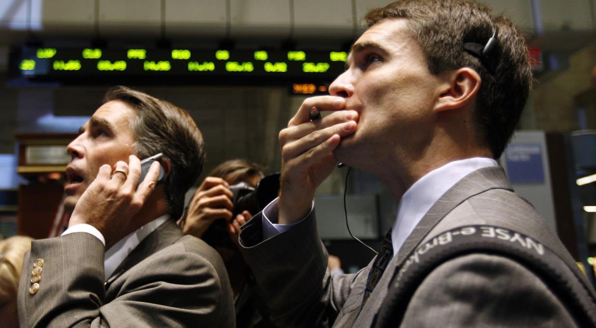 Октябрь – месяц «смерти» банков. Экономист предостерёг жителей России