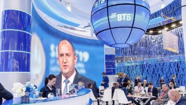 Не доставайся же никому. Глава ВТБ прокомментировал покупку «Тинькофф банка»