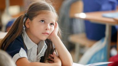 Когда придёт единовременное пособие 10 000 рублей для школьников?