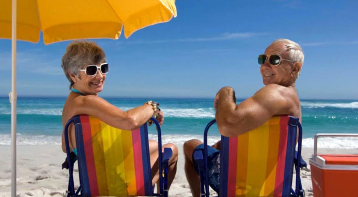 Отпуск за госсчёт. ПФР оплатит пенсионерам отдых за границей