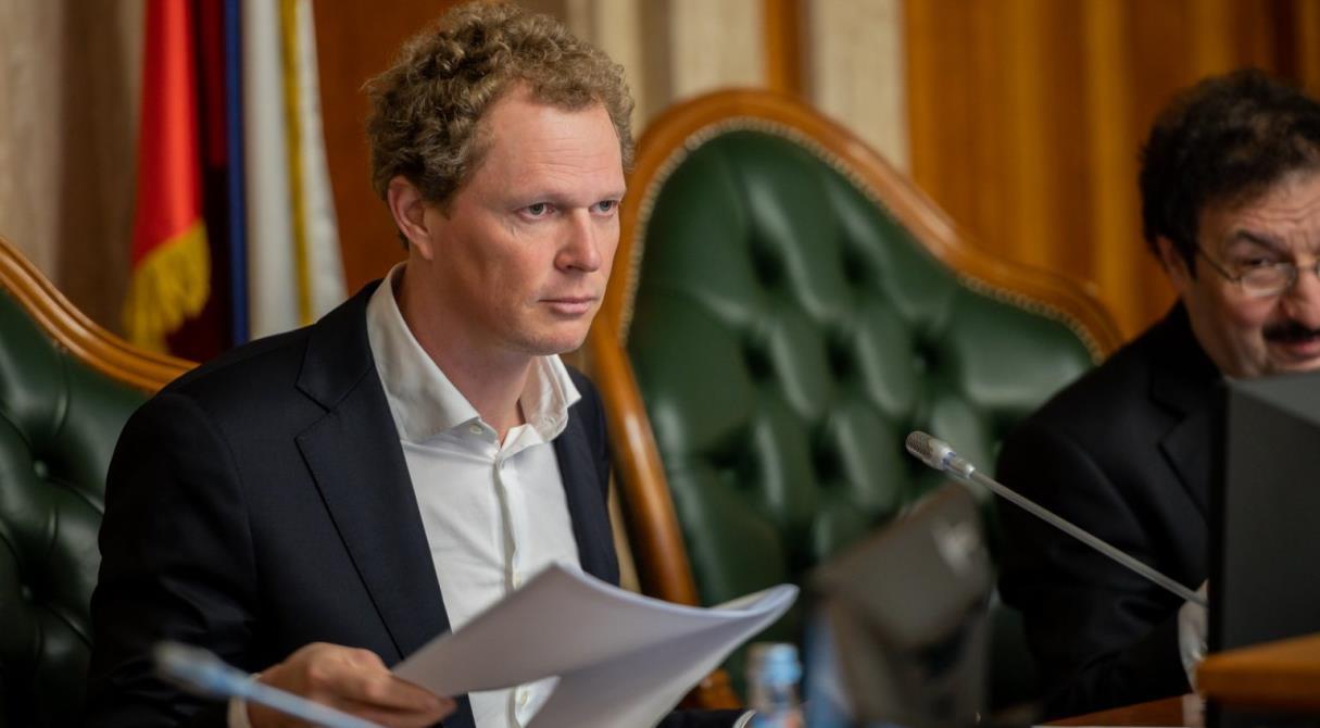 «Ниже быть уже не может». ФНС против уменьшения налогов