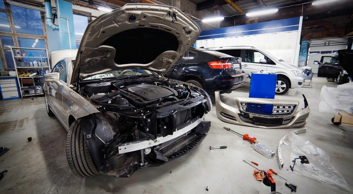 Внеплановый техосмотр и запрет б/у запчастей. Правила ремонта автомобилей ужесточатся