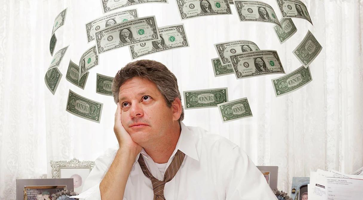 Битва за сбережения. Что выбрать – накопительный счёт или вклад?
