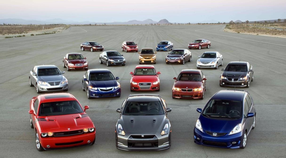 Несправедливый закон. Какие массовые авто обложат повышенным налогом?