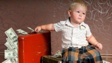 Выплаты на детей до 3-х лет автоматически продлевают до марта 2021 года