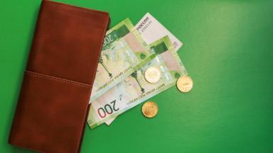 В одной корзинке. «Сбер» готовит крупную «реформу» банковских карт клиентов