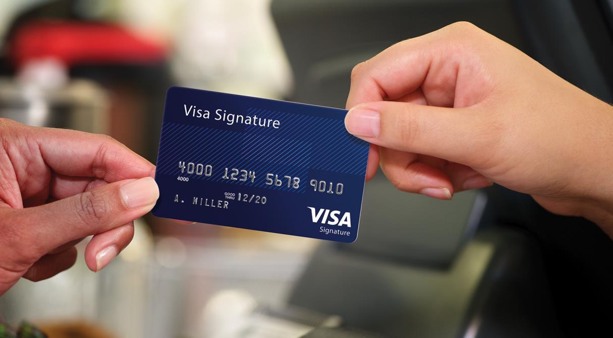 Выбора нет. Visa заставит переводить деньги по номеру телефона