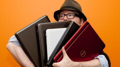 Выбора нет. Власти запретили ноутбуки и смартфоны без российских приложений