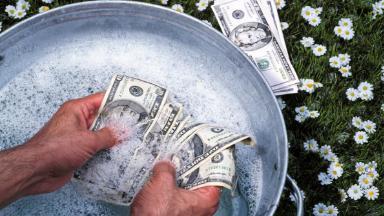 Снова виноваты казино? Крупные банки не хотят сотрудничать с сервисом «Моби.Деньги»