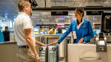 Не заплатил – не полетел. Регистрация в аэропортах может стать платной, зато билеты подешевеют